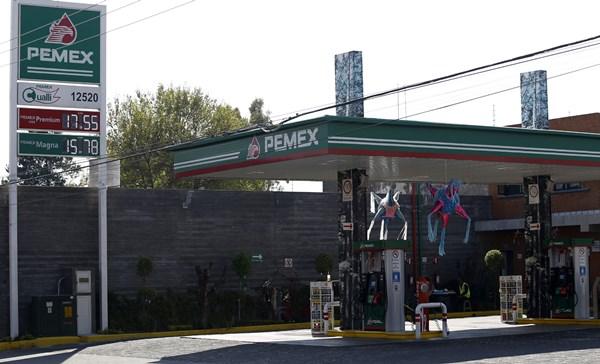 Procuraduría del Consumidor recuerda derechos a usuarios de gasolinera