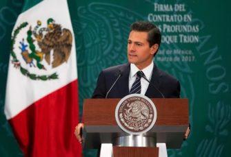 Peña Nieto atestigua firma del contrato entre Pemex y BHP Billinton del Bloque Trión (+en vivo)
